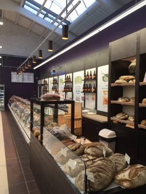 Vue du rayon Boucherie - Boulangerie